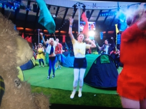Baxterbear watching tent dancers perform at closing ceremony of Glasgow 2014