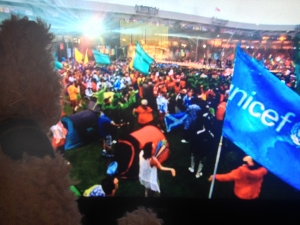 Baxterbear watching UNICEF flag waving at closing ceremony of Glasgow 2014