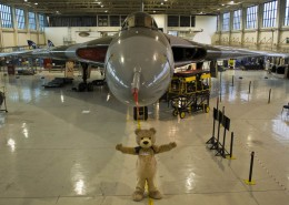 Baxterbear in front of the Vulcan