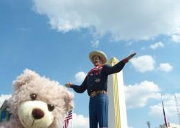 Baxterbear and Big Tex